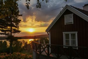 Cottage at lake Bunn in Sweden