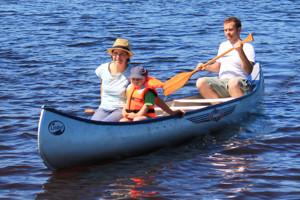 Kanu in Schweden fahren bzw. Kajak in Schweden mieten.